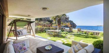 Bodrum Yalıkavak Kiralık Denize Sıfır Villa