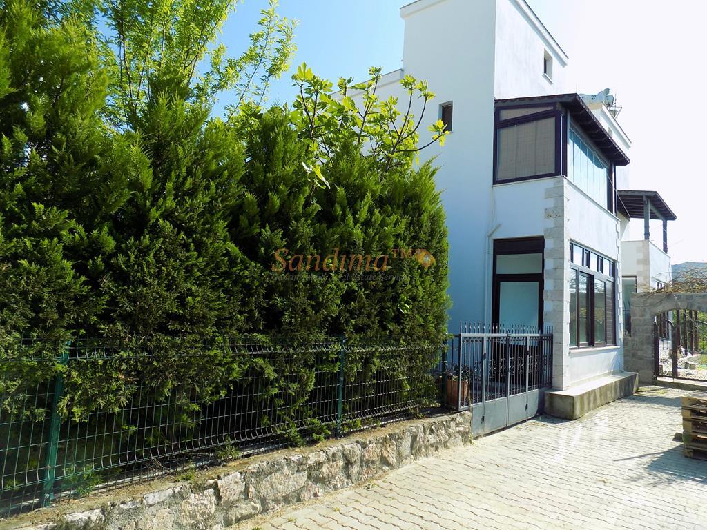 K1597-Bodrum-Yalıkavak-Merkez-Satılık-Dublex-Villa-1.jpg